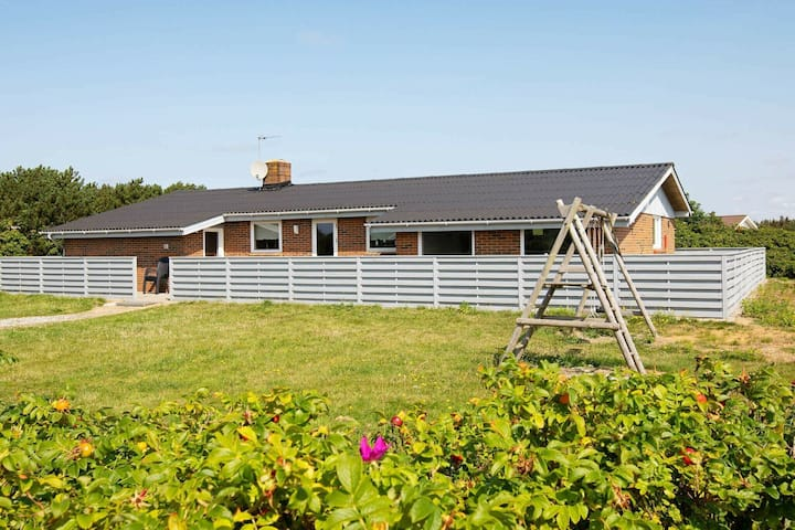 Serene Holiday Home In Ringkøbing With Terrace