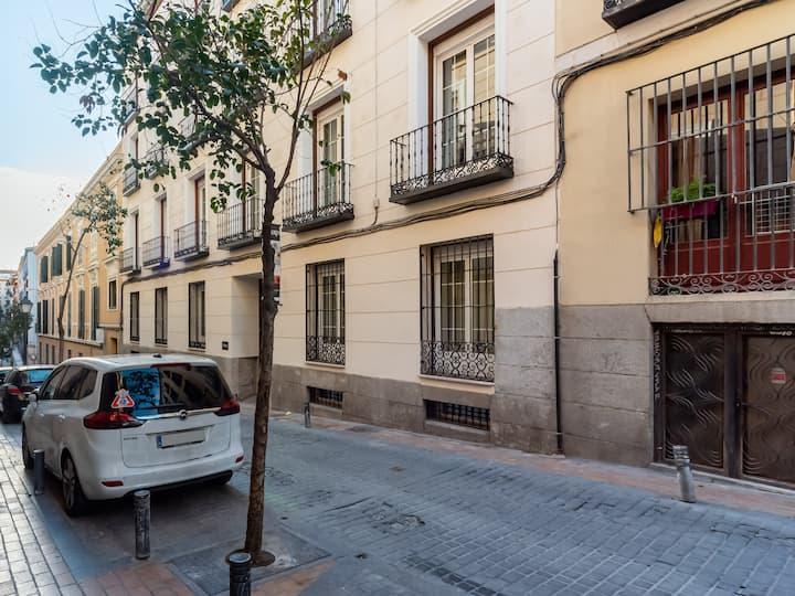 Limehome Madrid Calle de la Madera - Superior Suite LT