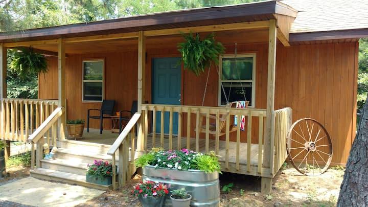 Shawnee Pines Lodging- Cabin