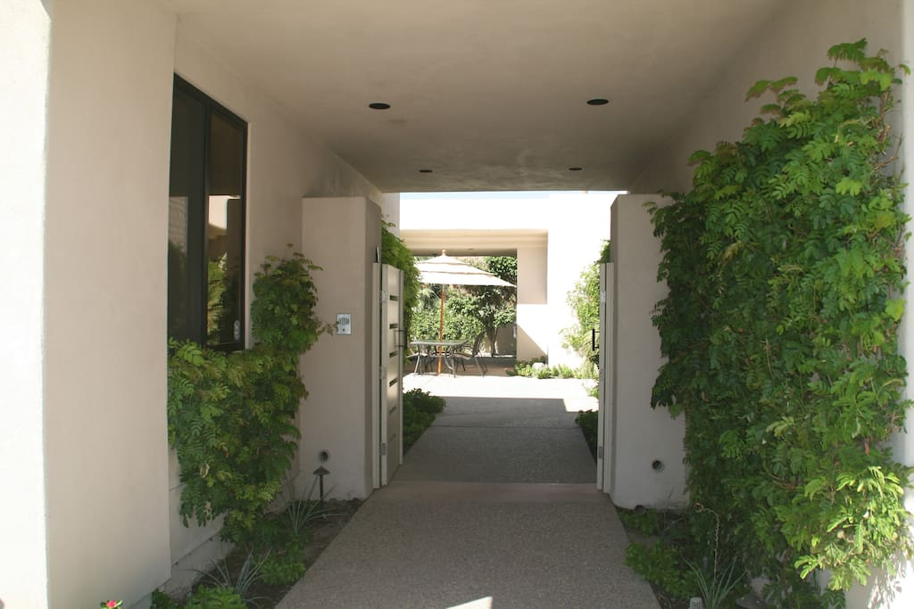 Entry Breeze Way