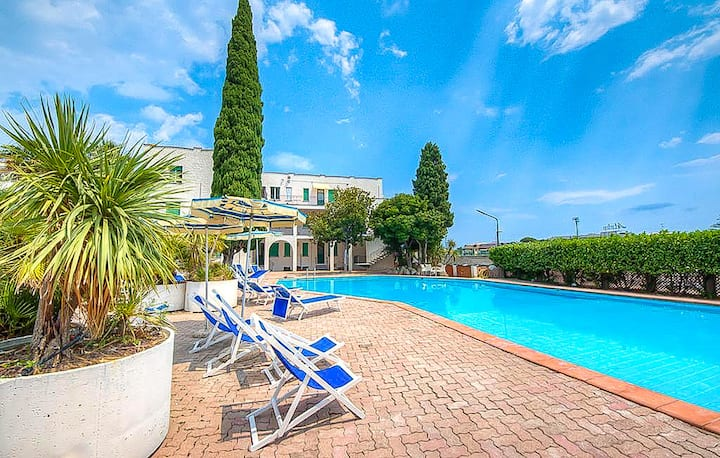 Beautiful apartment in Pietra Ligure with WiFi, Outdoor swimming pool and 1 Bedrooms
