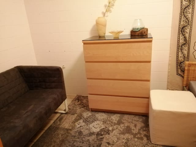 Gemütliches sauberes Zimmer