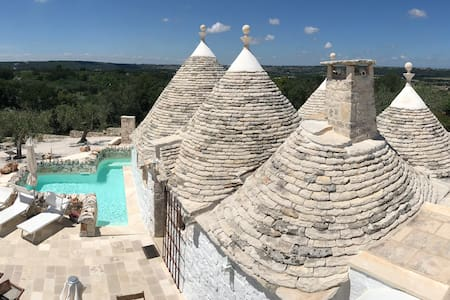 Trullo Vito - charming villa with pool