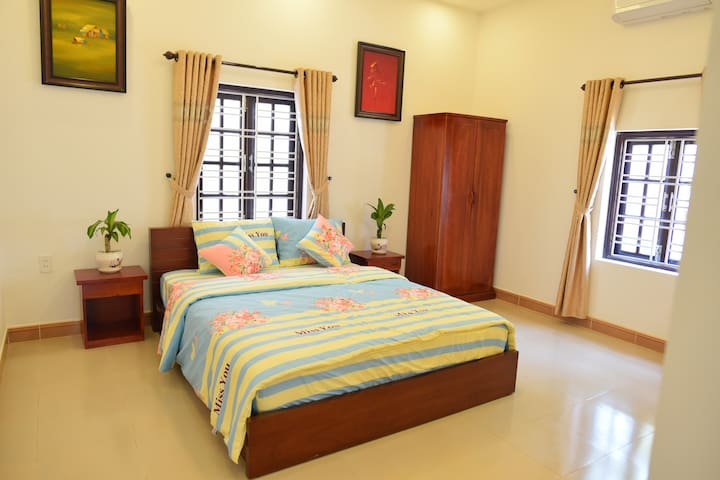NGOFAMILY HOMESTAY - DOUBLE ROOM WITH KITCHEN