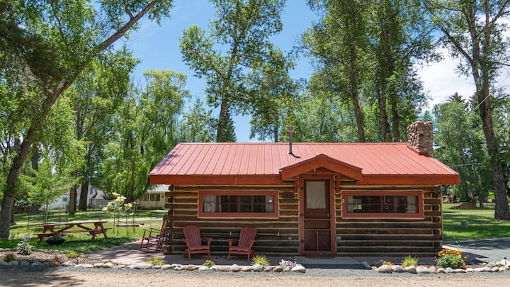 Fawn Meadow Cabin