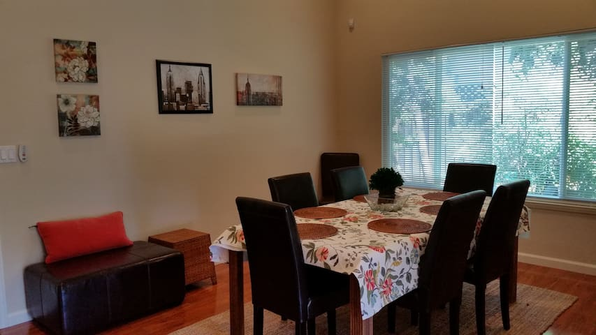 Updated Bay Area Central 2BD/1Bath - Fremont - Casa