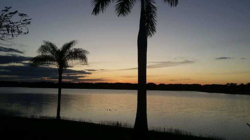 Weston, Florida near Sawgrass Mall/Shopping - Weston - Ev