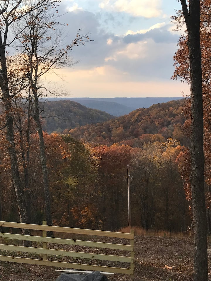 THE VIEW in Compton, AR