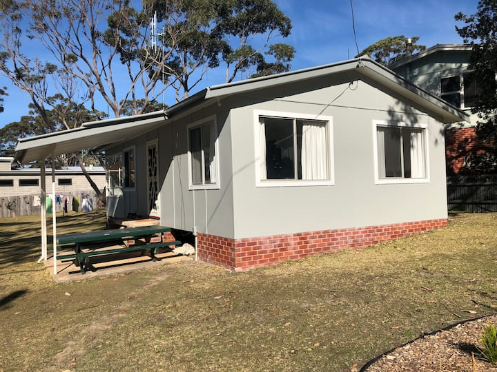 Flying Fish Cottage and Tiny House - Nth Bendalong