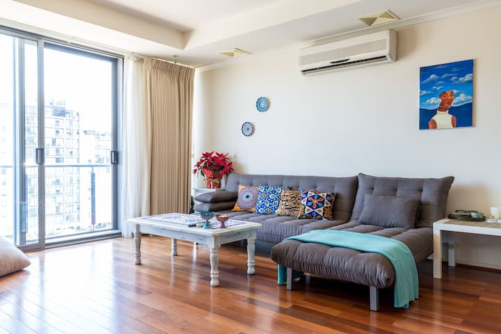spacious, comfortable and chic! - South Melbourne - Lejlighed