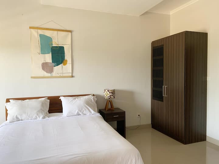 NEWLY RENOVATED-#10 Rice Field View Biliq Coliving