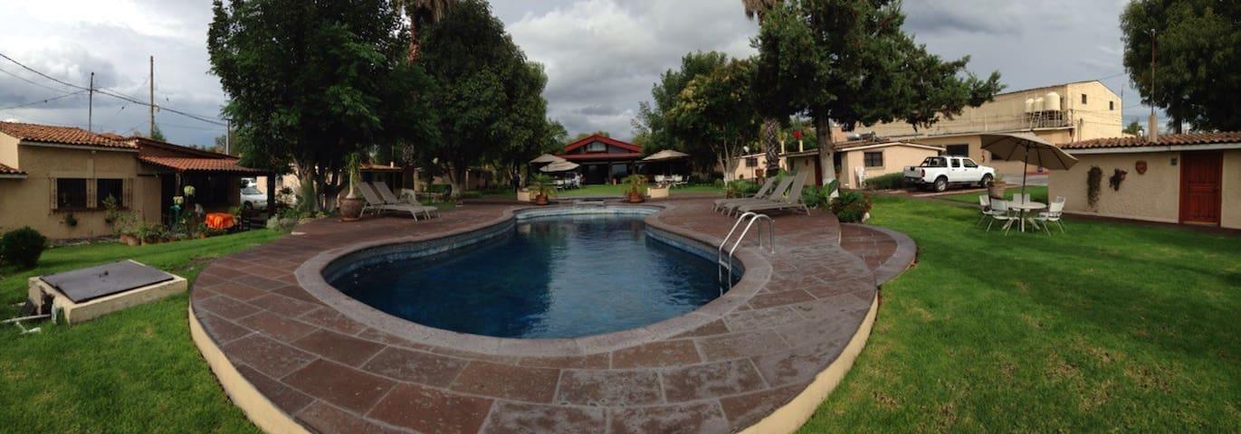 Cabañas Campestres La Paz en San Miguel de Allende