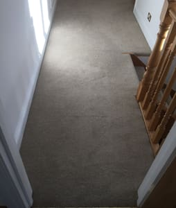 Modern double room in Large house - Potters Bar - 独立屋