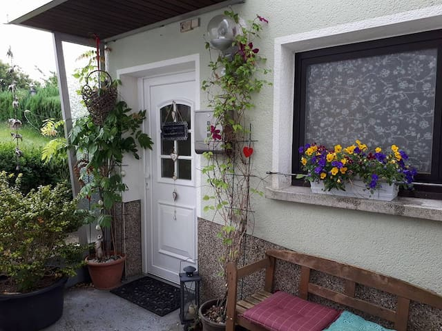 """ Haus am Würzbacher Weiher."""