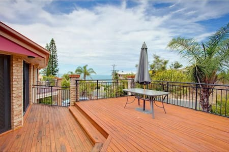 Private room,  ocean views - Rainbow Beach - Maison de ville