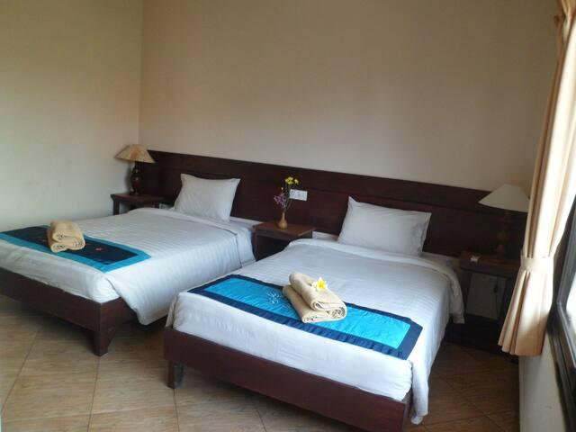 Nuriani twin bed Ubud Bali