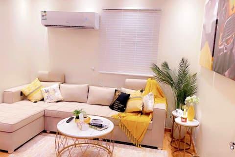شقة حي النرجس مدخل خاص (تسجيل دخول ذاتي و مرن)