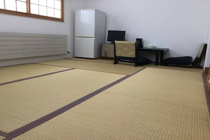 Japanese-style room 7 tatami mats