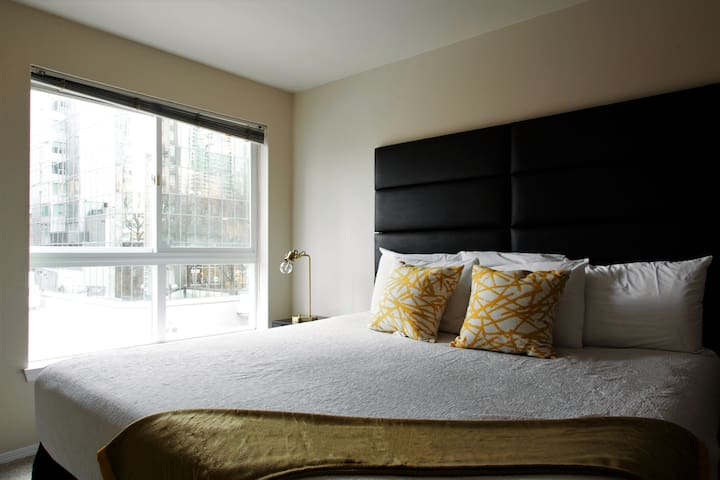Brilliant One Bed on Wall Street