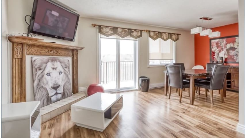 Beautiful view of Gatineau park. 2 bedroom condo