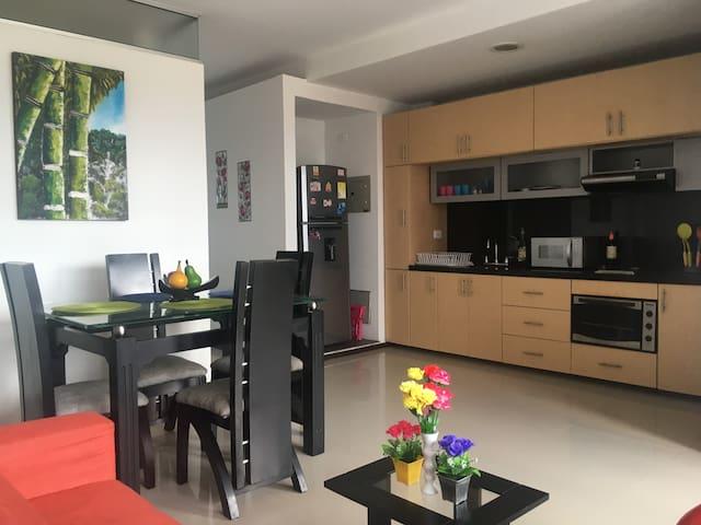 Apartamento con Vista a Cordillera - Eje Cafetero