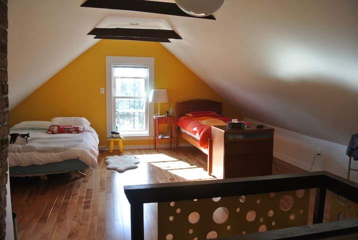 SFH in Little Harbor, Large Yard - Portsmouth - House