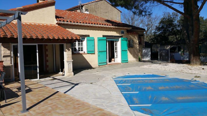 maison au calme avec piscine - Passa - Casa