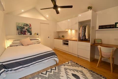 Luxury Pool House in Inner Brisbane