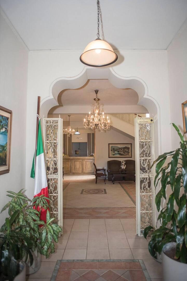 Habitación privada en hotel 4 estrellas en zona 10