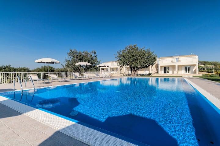 Ground floor apart. in an elegant Resort with pool