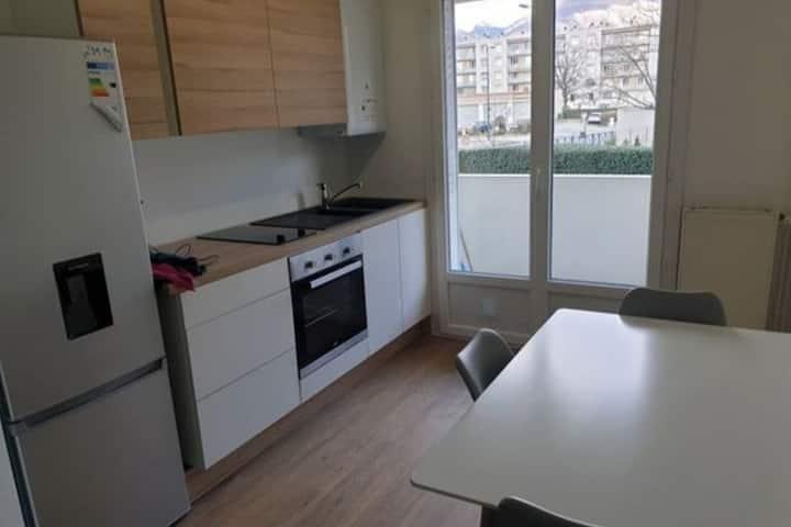 Appartement 3 chambres Grenoble-St Martin d' hères