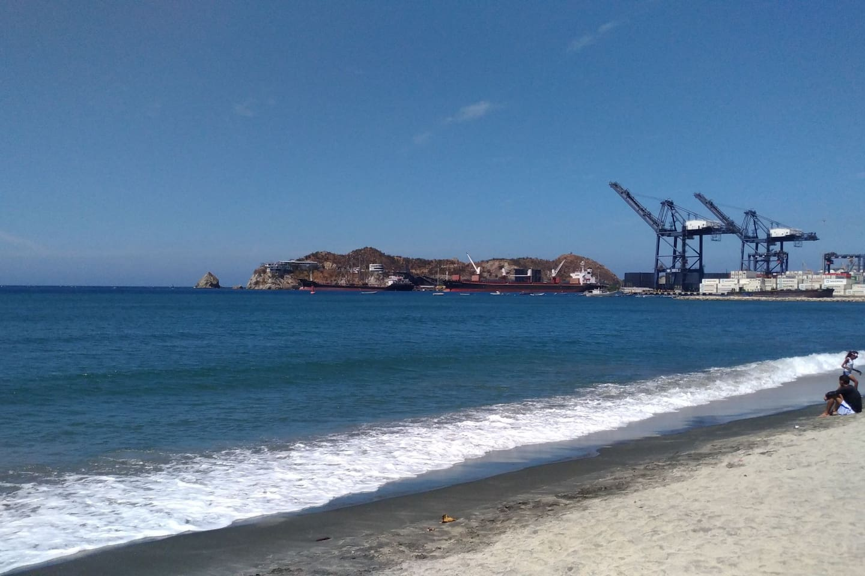 Bahía de Santa Marta ( Solo a 7 calles de la casa)