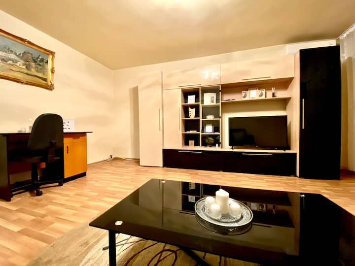 Central Cathedral Apartment - Free Parking
