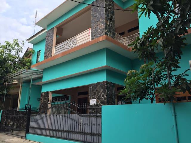 Pondok Cilegon Indah(PCI)-Room Rent - Kecamatan Cibeber - Ház