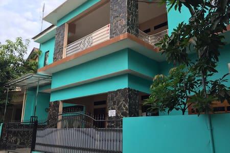 Pondok Cilegon Indah(PCI)-Room Rent - Kecamatan Cibeber - บ้าน