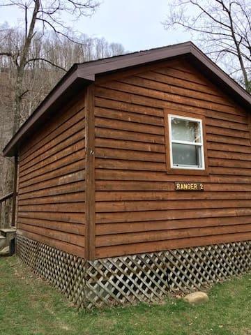 Revelle's River Resort-Ranger 2 - Elkins - Blockhütte
