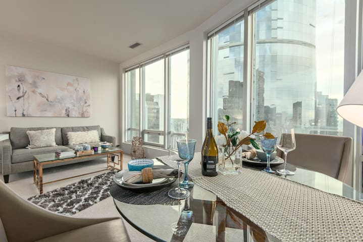 BAY VIEW SUITE - Heart of Downtown - Vancouver - Apartamento