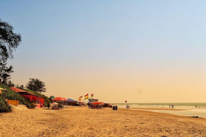 Arambol Beach Stay | 3 minutes walk to the Beach