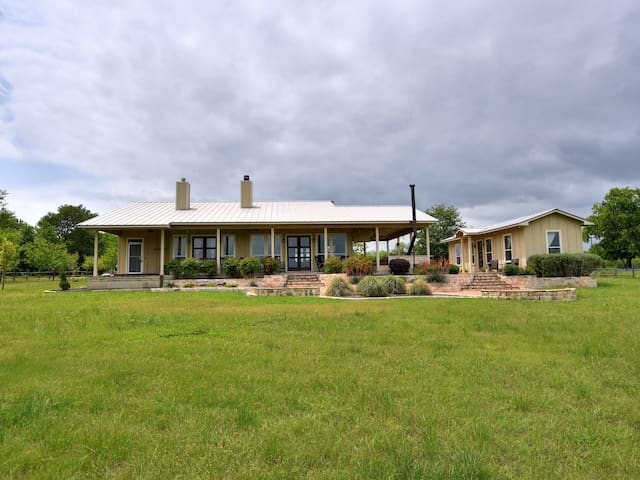Your Relaxing River Retreat on 101 ACRES of Texas Hill Country awaits you! - Pecan River Ranch