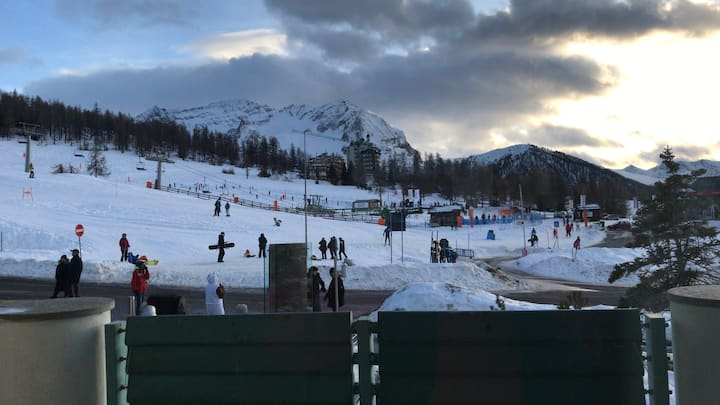 Amate la montagna e lo sci? È il posto giusto.