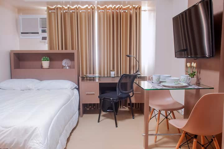 Iloilo Azure Place (Room 1)