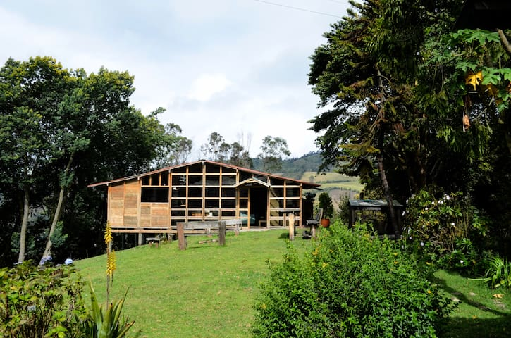 Cabaña campestre Zipacón Cundinamarca