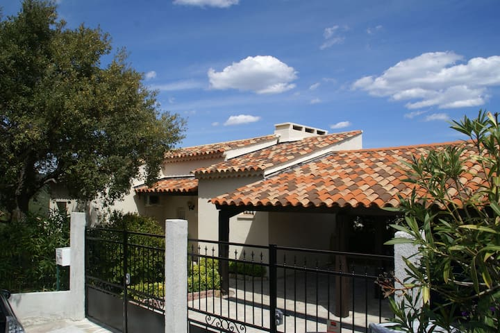 Gorgeous Villa with Private Pool in Les Issambres Provence