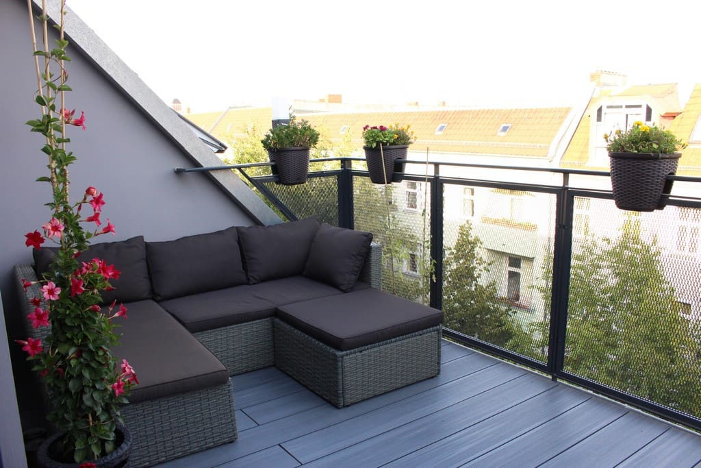 Sunny room in rooftop apartment appartements louer berlin berlin alle - Appartement a louer berlin ...
