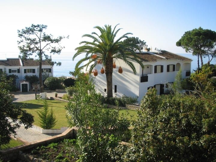 Villa | Vale do Lobo| 100 meters from the beach