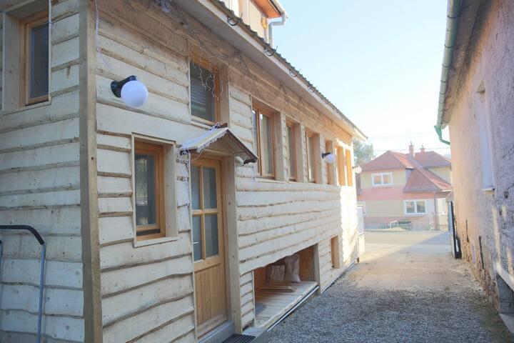 The Rad House(Mara Room)