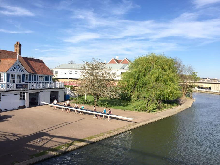 Situated Just 200 yards from the river cam