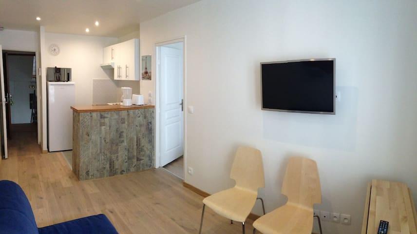 2 room apartment VAL DE GRACE