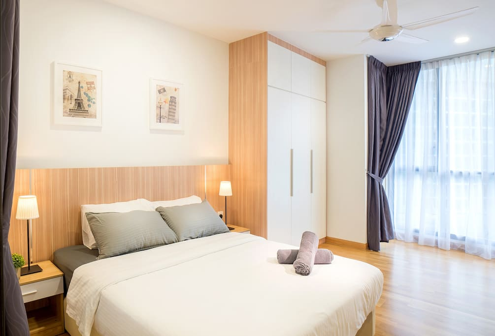 Peggy's Home provide hotel quality linens and living spaces for all our guests. We love the idea of travel with family and friends but still with common spaces that can communicate and keep everyone in touch while your travel