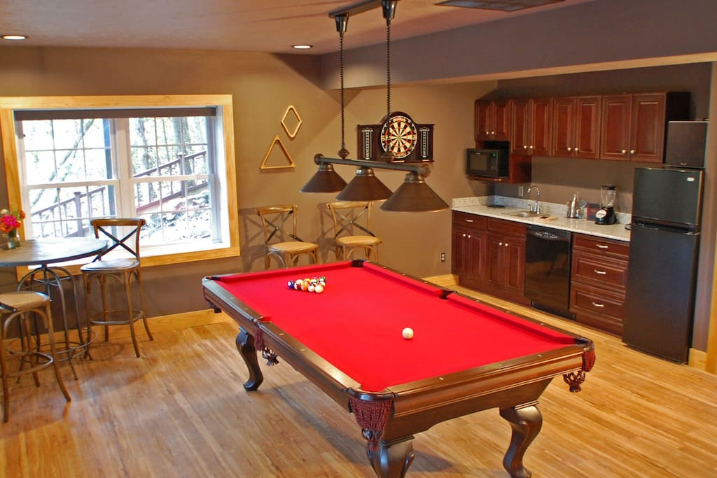 Game Room with Pool Table, Dart Board & Wet Bar